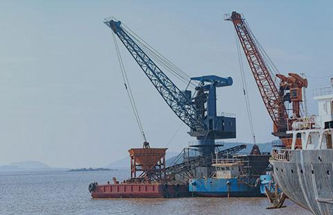 Indústria naval, indústria pesada, subestações